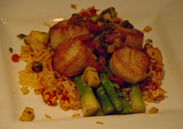 Pan-seared-sea-scallops