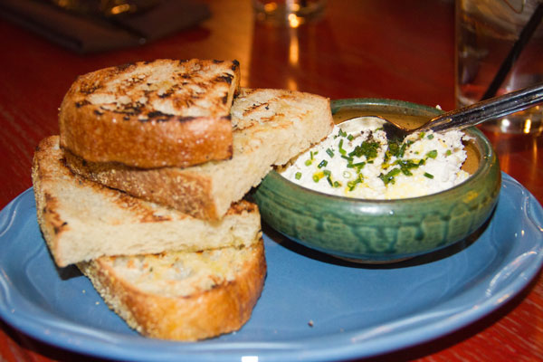 Toast-and-Ricotta