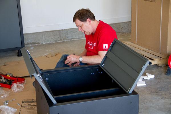 Assembling-cabinets