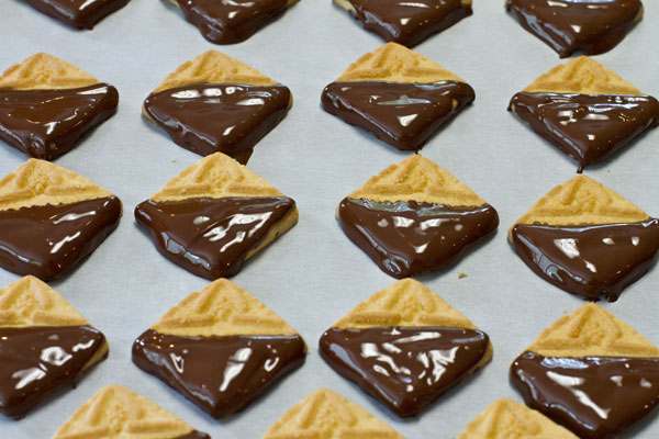 Choc-dipped-shortbread