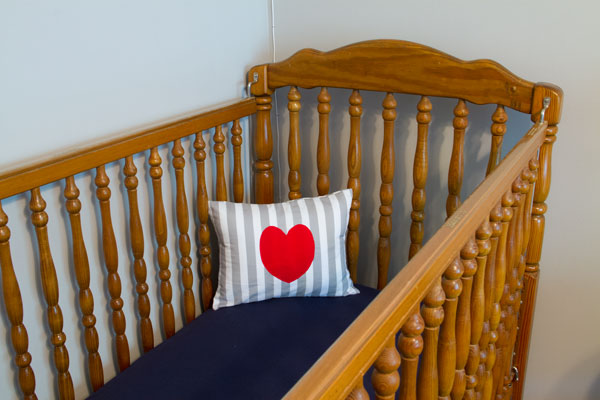 Crib-with-Pillow